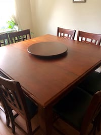 Dining Room Set For Sale! Table & 8 Chairs w/ Lazy Susan Toronto, M2J 2Z8