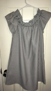 Off the shoulder striped Dress Large Claremore, 74017
