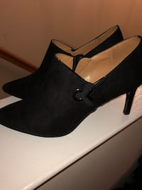 Pair of black suede platform stiletto shoes Clarksburg