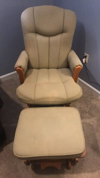 Nursery Recliner / Glider Chantilly, 20151
