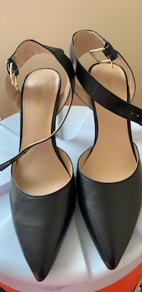 pair of black leather peep toe heels Alexandria, 22306