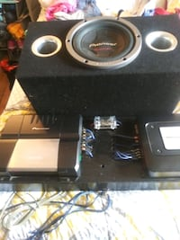 To Pioneer amp with speaker box 400 or best offer Pennsville, 08070