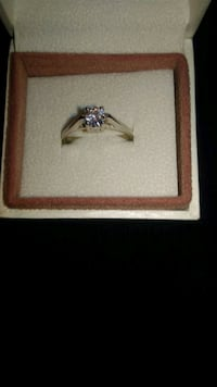 Sterling silver ring with cubic zirconia Montréal, H3H 1E1