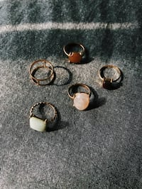 Assorted rings with coloured stones Montréal, H3X 3P1
