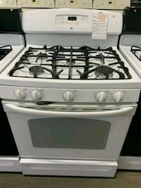 GE 5 BURNER NATURAL GAS STOVE $299 #31488 Hempstead, 11550