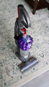 Dyson DC 51 small ball with lots of accessories