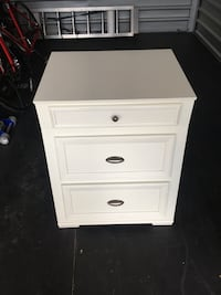 white wooden 3-drawer chest Concord, 28025