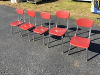 Set of 5 Childrens Classroom Chairs   Wellsville, 17365