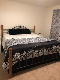 King size bed frame Anchorage, 99506