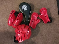 Martial arts sparing practice gear and kick pad Anne Arundel County, 21225