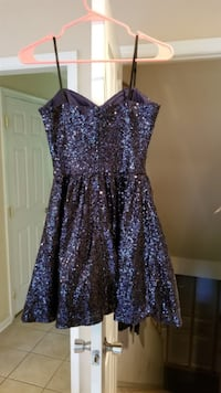 Formal Dress Perfect for Homecoming or Prom! FRONTROYAL