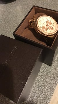 Rose gold Michael Kors watch with new battery 22 km
