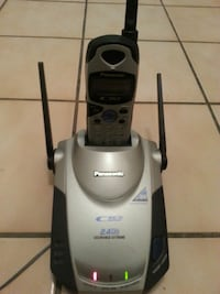 Panasonic cordless phone with headset charger