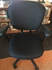 Haworth Office chair almost new