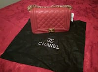 quilted pink Chanel leather handbag with black dustbag Austin, 78724