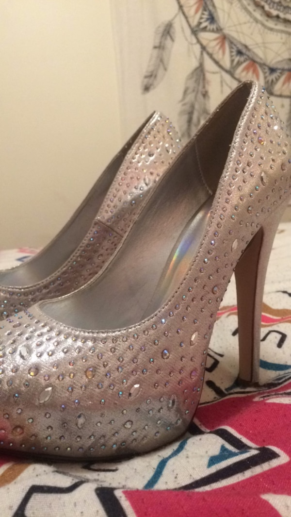 290660fa6f84 Used Pair of women's silver platform stilettos for sale in Fort Wayne -  letgo