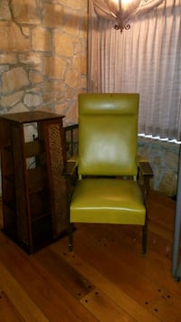 Retro King chair and shelf Ridgefield, 98642