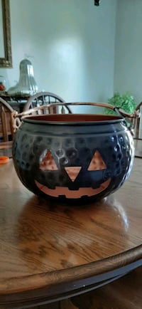 Copper Halloween Bowl Mississauga, L5R 2A4