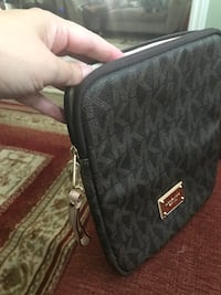 michael kors ipad case Richmond Hill, L4B 2B4