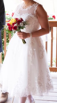 Sz 11 wedding gown