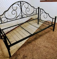 Metal Day Twin Bed Frame Hastings, 68901