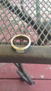 gold 18k unstamped tungsten outlying  Dearborn, 48126
