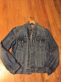 Levi's men's denim jacket  Manassas, 20109