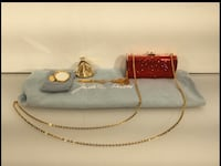 Judith Leiber Crystal hard shell purse W/coin .comb and mirror. Henderson, 89012