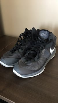 pair of black Nike basketball shoes Toronto, M8V