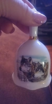 "4 1/8 "" T x 2 3/8"" W - Vintage Collectible WOLVES Fine Bone China Tea/Table Bell"