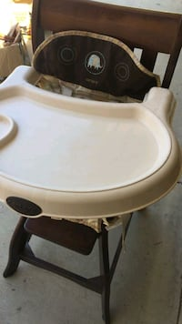 Used Oxo Tot Nest Booster Seat With Straps Green For Sale