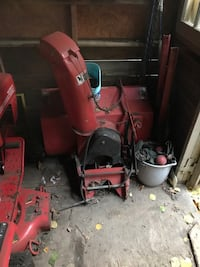Gravely tractor with snow blower attachment. Needs some work  Mississauga, L5H 4J1