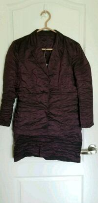 2 piece wine color jacket and skirt Newmarket, L3Y