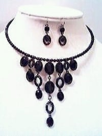 New Liz Claiborne Black Dangle Earrings Necklace  Antioch, 60002