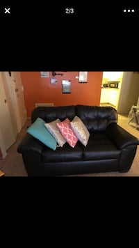 Black leather 2 seat sofa Silver Spring, 20906