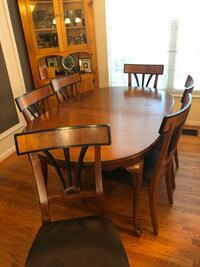 Dining room set with 7 chairs Ashburn, 20147