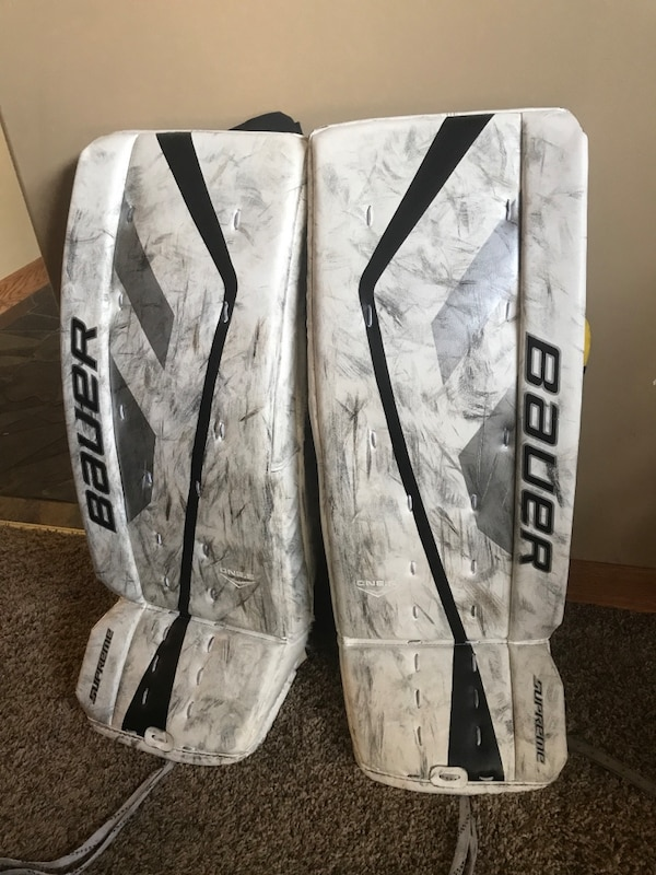 Bauer supreme one 5 goalie pads