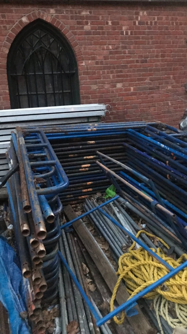 Used Scaffolding For Sale >> Scaffolding