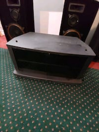 Tv stand on wheels Barrie