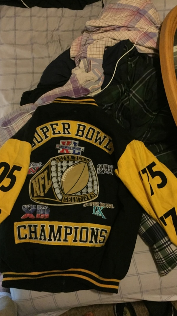 bae53ddbe8b Vintage Pittsburg Steelers super bowl champions jacket. ( authentic from  japan)