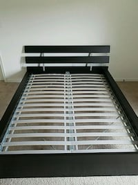 Queen size - Bed Frame  Woodbridge, 22191