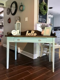 Shabby Farmhouse Desk / Console Table Kings Park, 11754