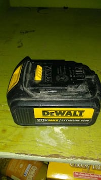 black and yellow DeWalt battery charger Englewood, 80113