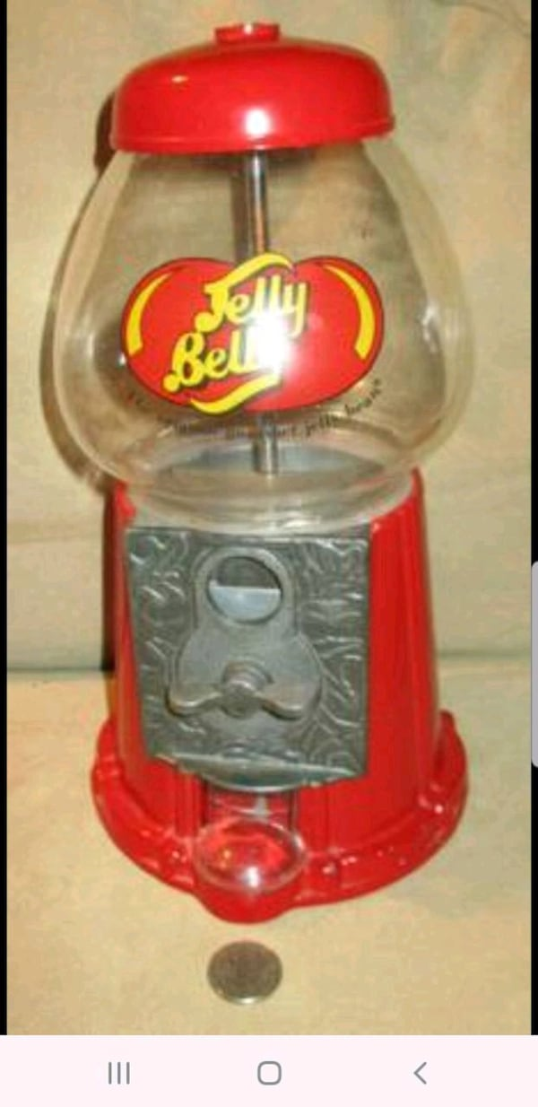Gumball Machine Dispenser 5c62203e-49e8-42a3-9608-5d610d7c5f8b
