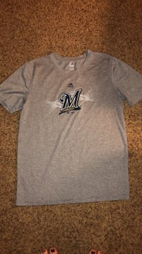 Boys Brewers tee size LG 14/16 Oshkosh, 54902