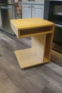 End Table/ Night Stand on Wheels Bowie, 20716
