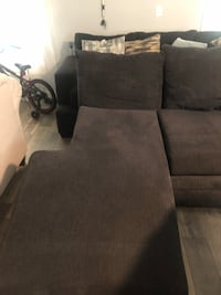 Sectional  Westminster, 80023