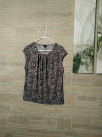 New Ann Taylor Top Mosheim, 37818