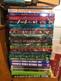 Guinness Book of Records collection Bowling Green, 42104