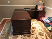 DESK-Executive Style West Bloomfield, 48323